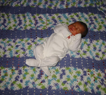 Baby L on his new blanket